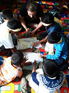 Magda ist eine Person, die nicht nur meine kleine Welt sondern auch viele weitere Welten zu bessern Welten macht. Auch in Nepal hatte sie die Möglichkeit die kleine Welt eines Kinderheims in Pokhara zu unterstützen. 6 Wochen war Magda in Nepal und hat neben der Arbeit mit den Kindern auch Freizeit gefunden, um das Land alleine zu Erkundschaften.